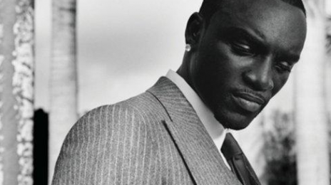 Akon's 'So Blue' Makes Digital Splash / Eminem 'Chart Blocks' Lady GaGa's 'ARTPOP'
