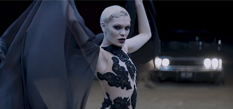 Behind The Scenes: Jessie J - 'Thunder' Video