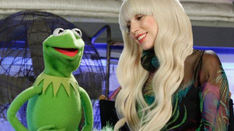 Sneak Peek: 'Lady GaGa & The Muppets (Holiday Special)'