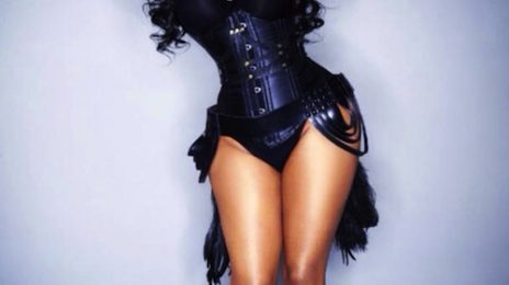Lil Kim Reveals 'Hardcore 2K13' Tracklist (ft. Miley Cyrus) / Debuts New Song 'Kimmy Blanco'