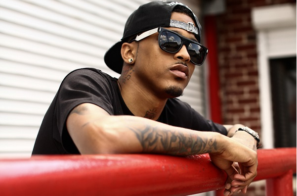 august alsina that grape juice she is diva that grape juice 1 New Song: K.Michelle   V.S.O.P (Ft August Alsina)
