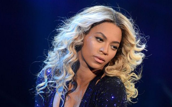 beyonce-that-grape-juice-mrs-carter-show-live-she-is-diva
