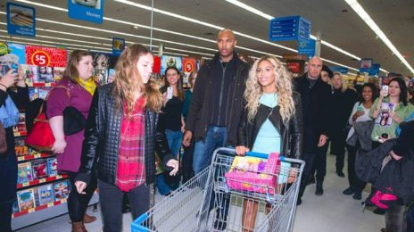Watch: Beyonce Makes Surprise Appearance At Walmart / Gifts All Shoppers With $50