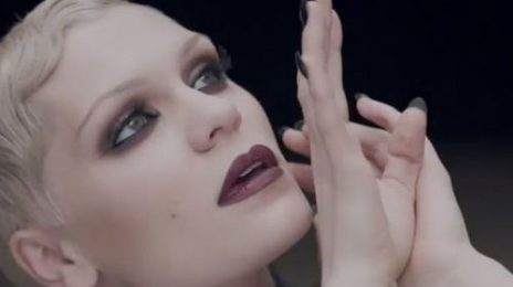 Watch: Jessie J Electrifies Royal Variety Performance With Bolt Of 'Thunder'