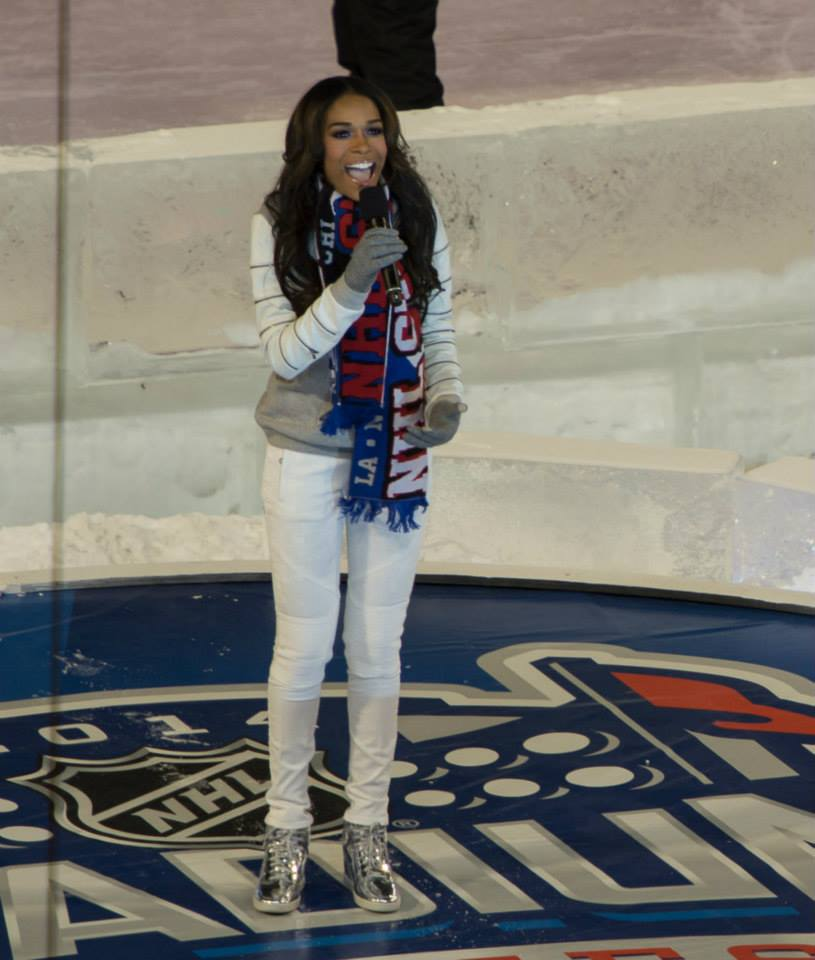1656001 10152003386863681 2071716304 n Watch:  Michelle Williams Scores & Soars With Stunning Star Spangled Banner Rendition
