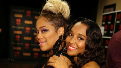 Watch: TLC Rock VH1's 'Super Bowl Blitz' With Stellar Performances