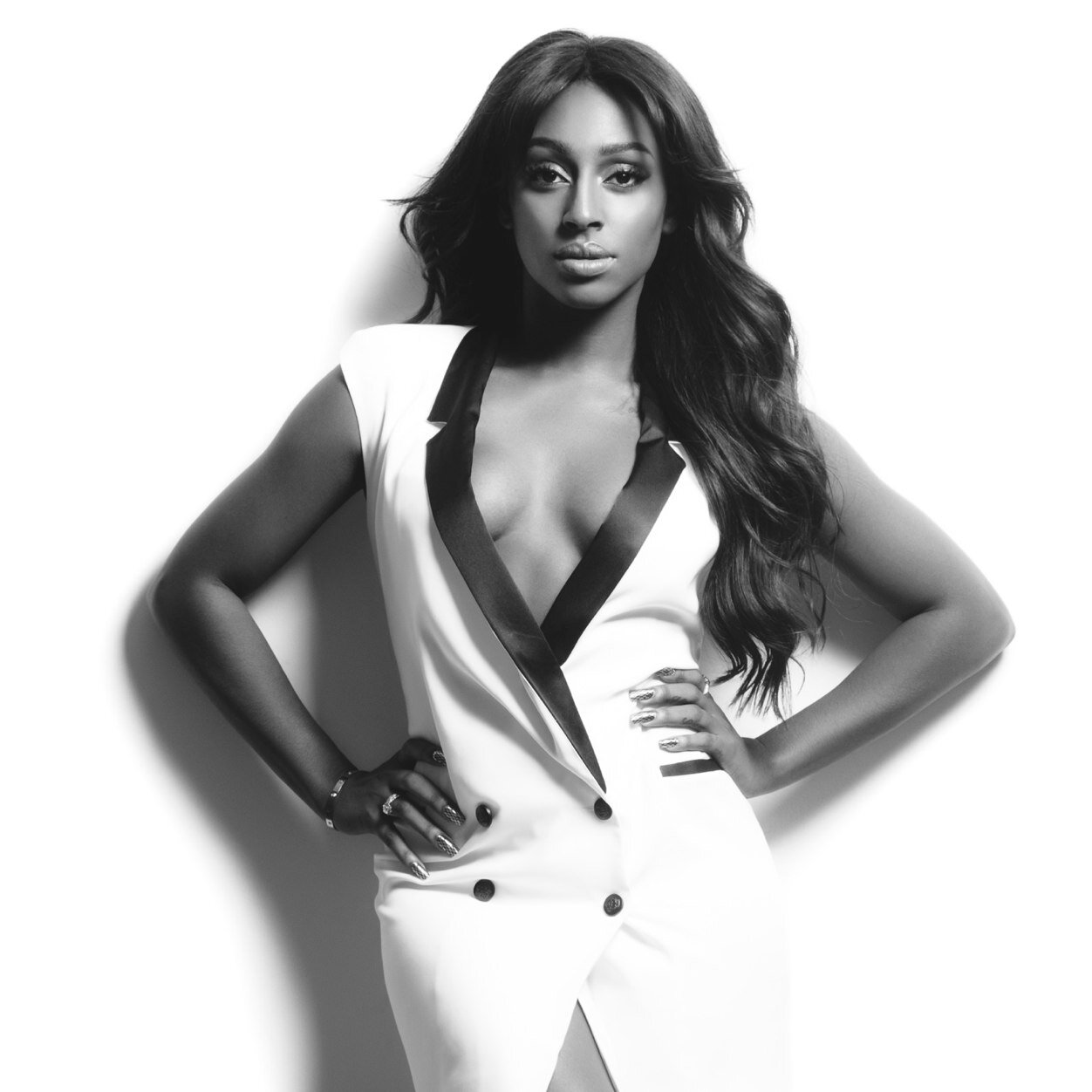 Hot Shots: Alexandra Burke Stuns In New Promo Pics