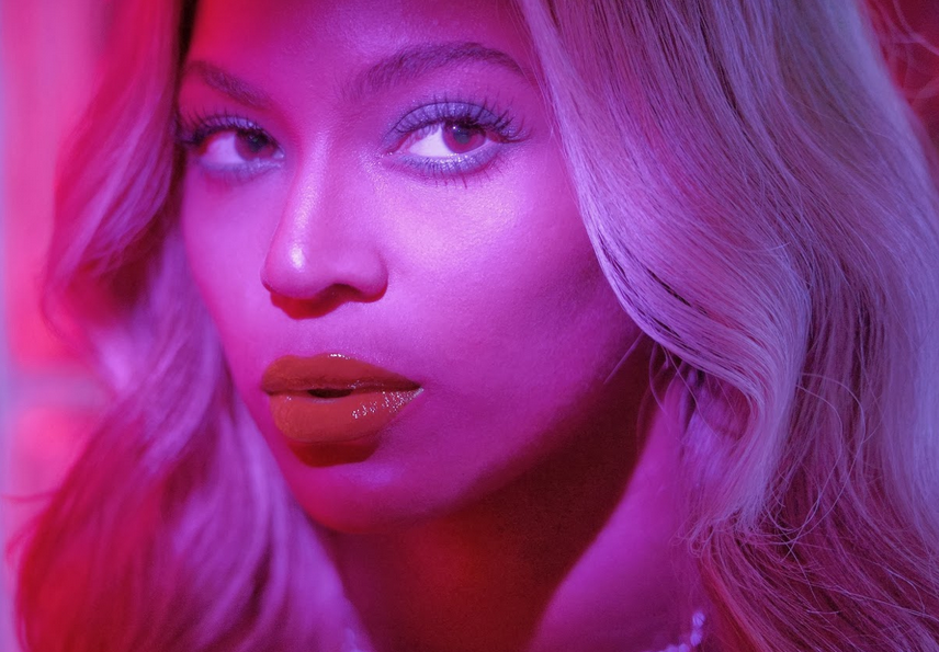 beyonce she is diva that grape juice blow 2013  US University Offers Politicising Beyonce Course / Lecturer Weighs In