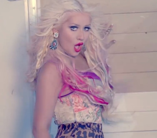 christina aguilera your body vevo thatgrapejuice Christina Aguileras Your Body Gets Certified By VEVO