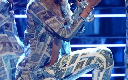 Nicki Minaj, Ciara, Rihanna & Miguel Sizzle On 'Top R&B / Hip Hop Artists' Year-End Chart