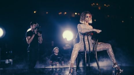 Hot Shots: Beyonce Shares Grammy Rehearsal Snaps