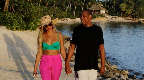Hot Shots: Beyonce, Jay-Z, & Blue Ivy Vacation In The Dominican Republic