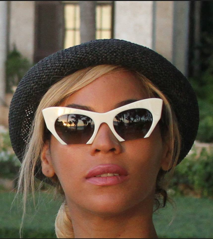 beyonce jay z 2014 4 Hot Shots: Beyonce, Jay Z, & Blue Ivy Vacation In The Dominican Republic