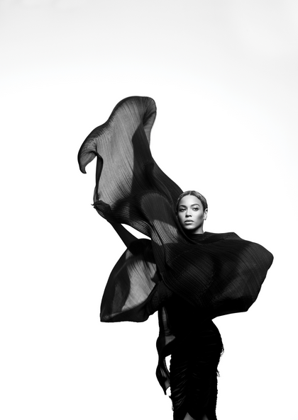 beyonce-she-is-diva-that-grape-juice-2013-1-4