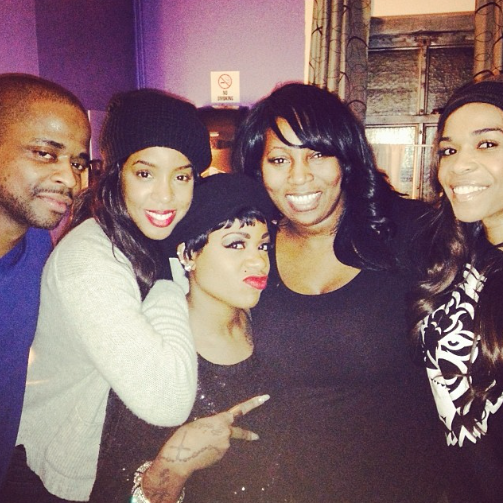 kelly rowland fantasia michelle williams Hot Shot: Kelly Rowland & Michelle Williams Visit Fantasia On Broadway