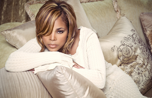 tw DSC6635 Weigh In:  T Boz Suffers Twitter Attack After Indirectly Comparing Miley Cyrus To Rihanna & Beyonce