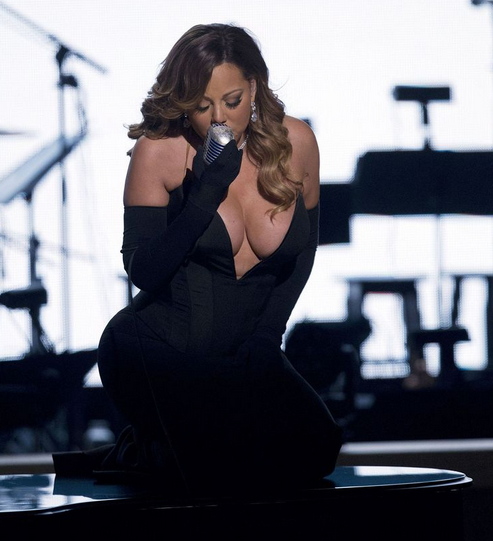 Mariah-carey-she-is-diva-that-grape-juice-BET-Honours-2014