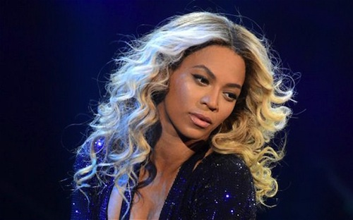 beyonce 2014 2015 Watch: Beyonce Cries During Emotional Final Mrs Carter Show