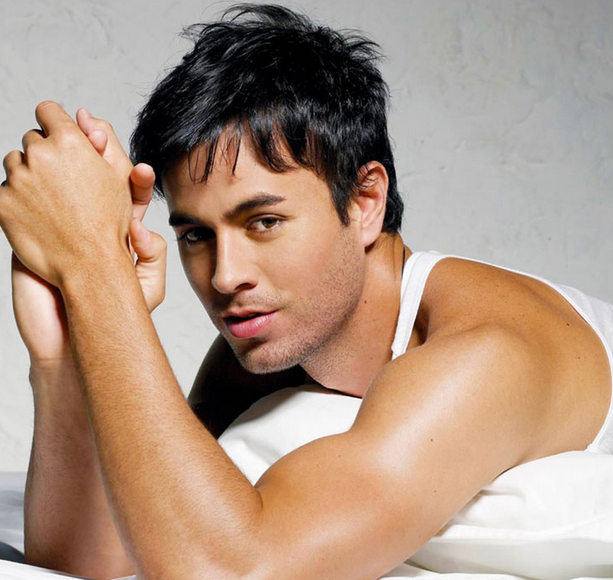 enrqiue iglesias that grape juice New Song: Enrique Iglesias   Physical (Ft Jennifer Lopez)
