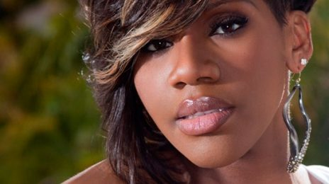 Watch:  Kelly Price & Donnie McClurkin Wow 'Gospel Goes To Hollywood' With Impromptu Duet