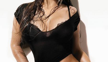 'Heartbreaker': Mariah Carey Sails To Silver