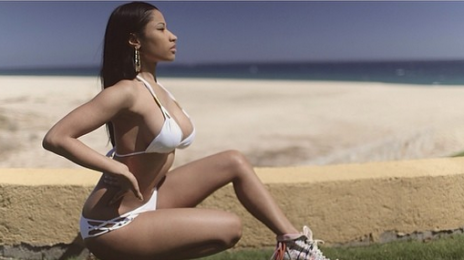 Nicki Minaj's 'Lookin' A**' Scores Fresh Radio Adds / Eyes 'Rhythmic' #1