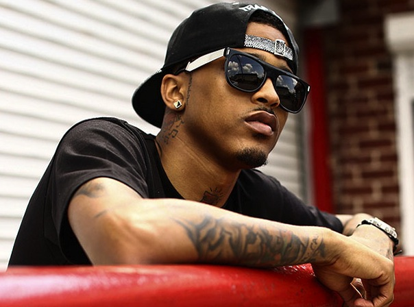 August Alsina Shirtless August alsina cursed out his