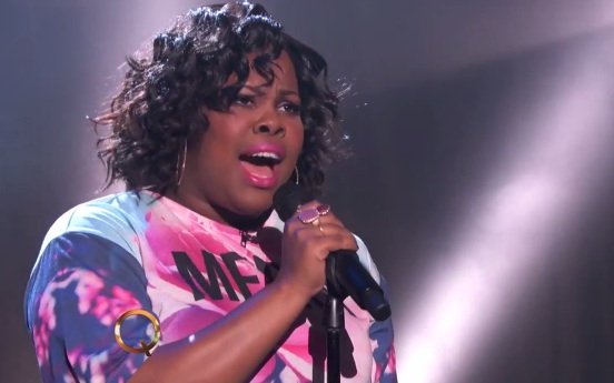 amber riley glee colorblind Glees Amber Riley Performs Debut Single Colorblind On The Queen Latifah Show