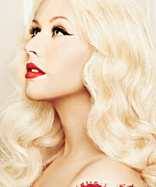 christina aguilera that grape juice Christina Aguilera Partners With Nintendo For Video Game Launch