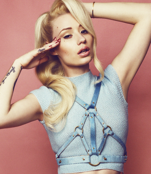 iggy azalea that grape juice entertainment 11 Snippet: Iggy Azalea   Black Widow (Ft Rita Ora)
