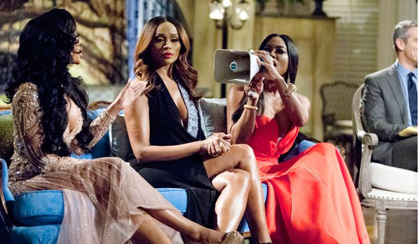 porsha williams cynthia bailey kenya moore that grape juice 10pg Watch: Kenya Moore Provokes Porsha Williams In New Real Housewives of Atlanta Reunion Teaser
