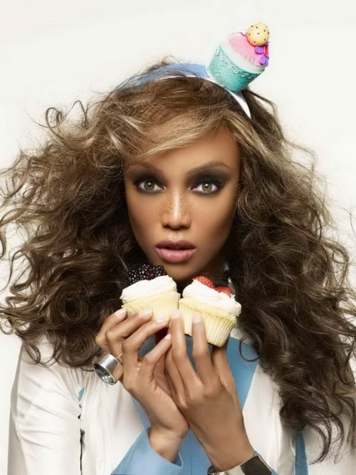 Tyra-Banks-that-grape-juice-entertainment-1