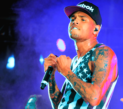 chris brown that grape juice 45 New Video: Kid Ink   Main Chick (Ft Chris Brown & Tyga)
