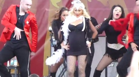 Watch: Pregnant Christina Aguilera Rocks 'New Orleans Jazz Festival 2014'