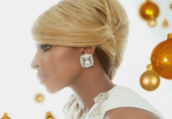 Mary J Blige that grape juice 2014 89 600x417 Sneak Peek: Mary J.Blige   'Suitcase'