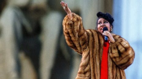 Aretha Franklin Teases 'Lifetime' Biopic / Eyes Jennifer Hudson For Lead Role