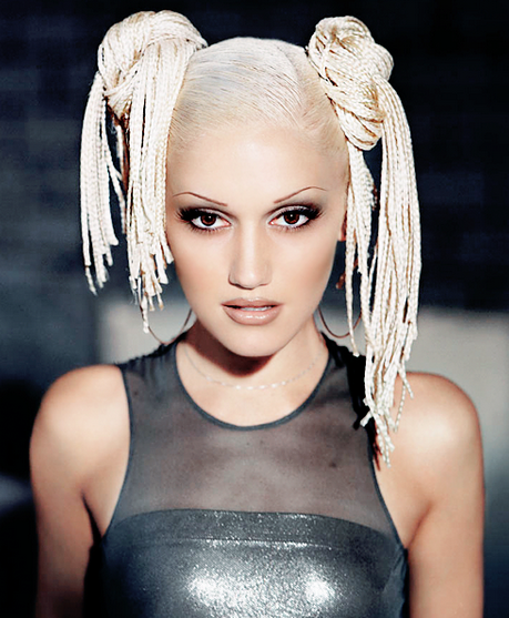 gwen stefani that grape juice 2014 16 Gwen Stefani Signs To Christina Aguileras Management Company
