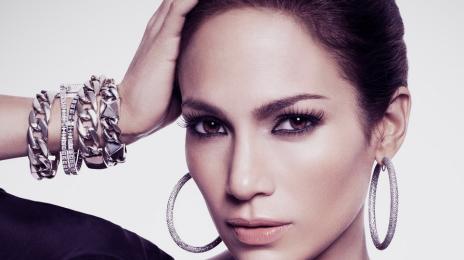 Jennifer Lopez Tributes Selena Quintanilla-Pérez Live In The Bronx