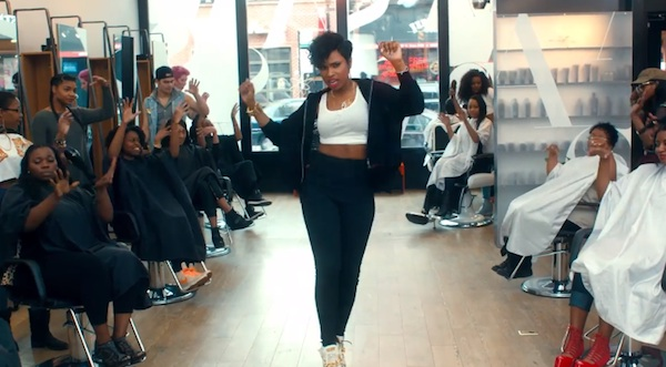 jhud walk it out video New Video: Jennifer Hudson   Walk It Out