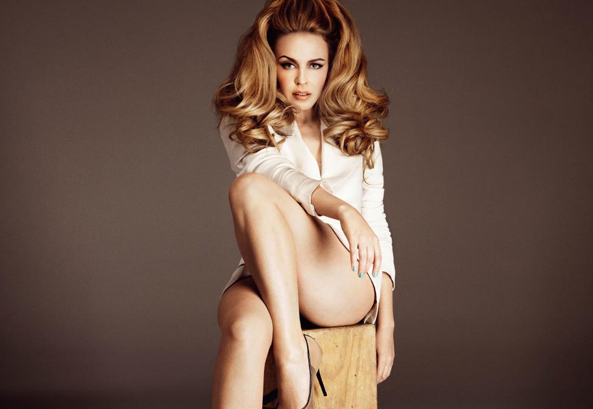 kylie-minogue-that-grape-juice-2014-10