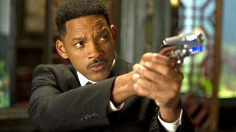 "Film Student Sues 'Men In Black' Writers For 2 Billion Dollars: ""They Stole My Homework"""