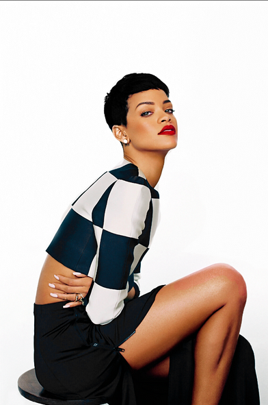 rihanna that grape juice 2014 99 Official Charts: Rihanna Most Streamed Female Artist Of All Time