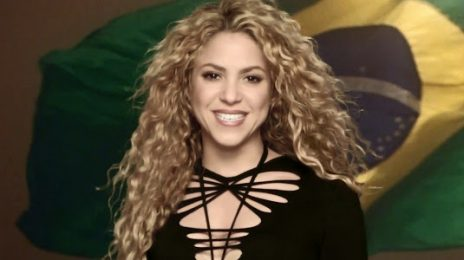 Watch: Shakira Performs 'La La La' At World Cup Closing Ceremony