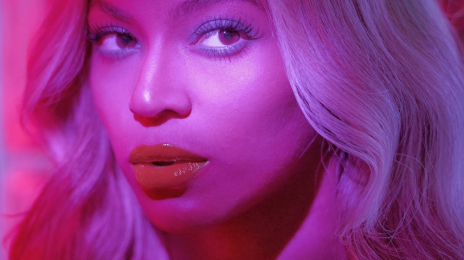 Hot Shot: Beyonce Shares New Snap With The 'BeyHive'