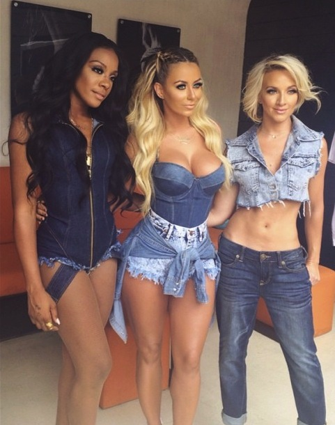 danity kane liquid1 Hot Shots: Danity Kane Debut Denim Look At Liquid Las Vegas
