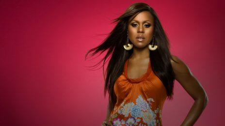 Deborah Cox To Voice Whitney Houston Songs In Lifetime Biopic