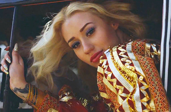 iggy azalea that grape juice 2014 14 Iggy Azalea Teases Black Widow Video / Celebrates New Chart Success