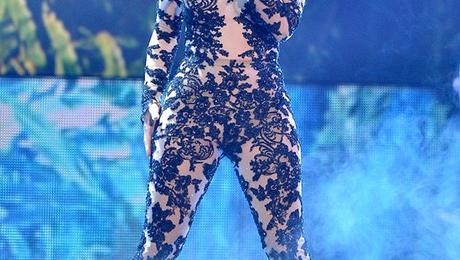 Jennifer Lopez & Rita Ora To Perform At CBS' 'Fashion Rocks'