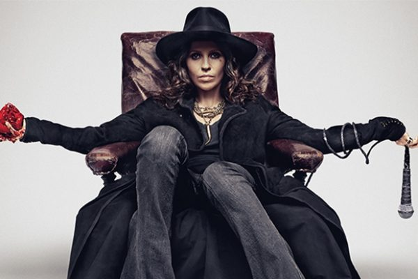 linda perry beyonce 600x400 Shots Fired? Linda Perry Takes Aim At Beyonces Songwriting