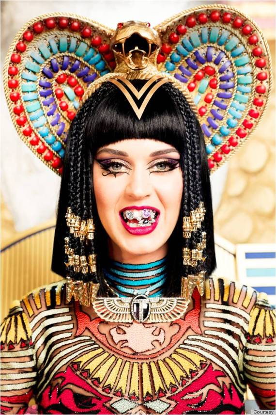 o-KATY-PERRY-DARK-HORSE-CLEOPATRA-MAKEUP-570